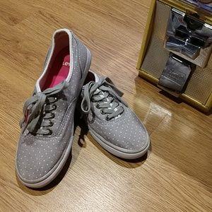 NWOT Levi's Sneakers